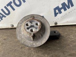 Подушка двигателя левая Scania