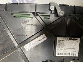 Комбинация приборов (приборная панель) Scania