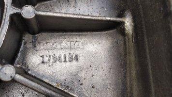Передняя крышка двигателя Scania