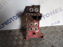 Кронштейн переднего бампера правый DAF105XF