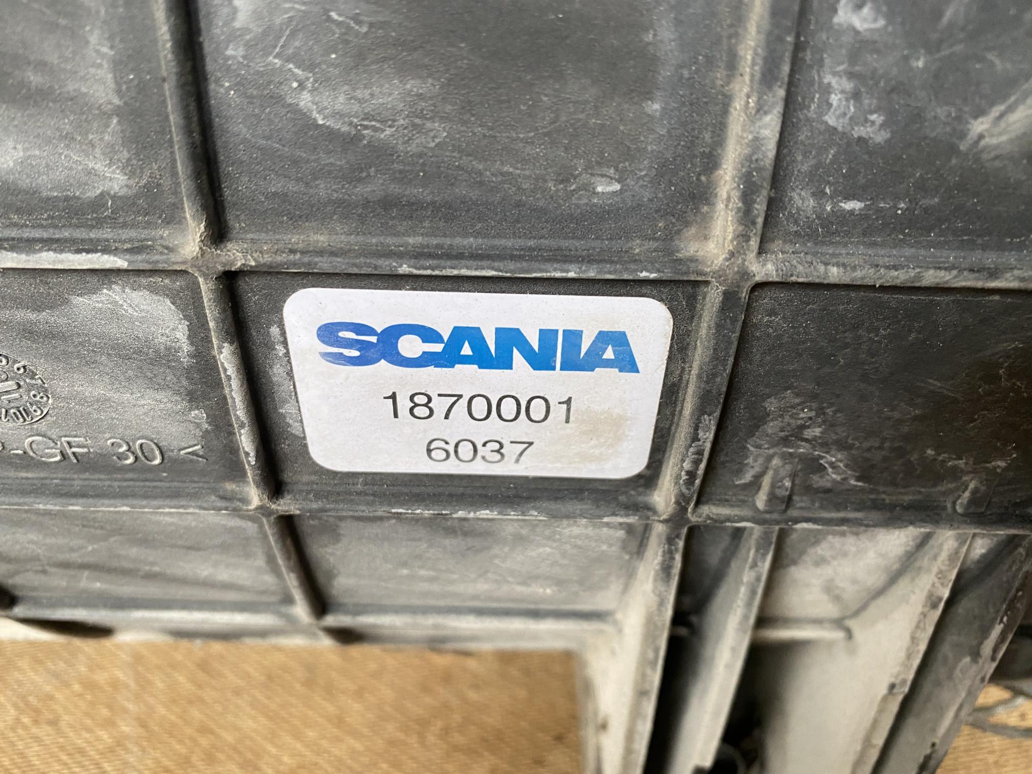 Корпус воздушногo фильтра Scania R