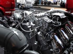 Продажа б/у двигателей и КПП к грузовикам